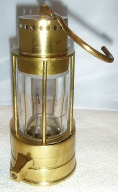 miners safety lamp picture